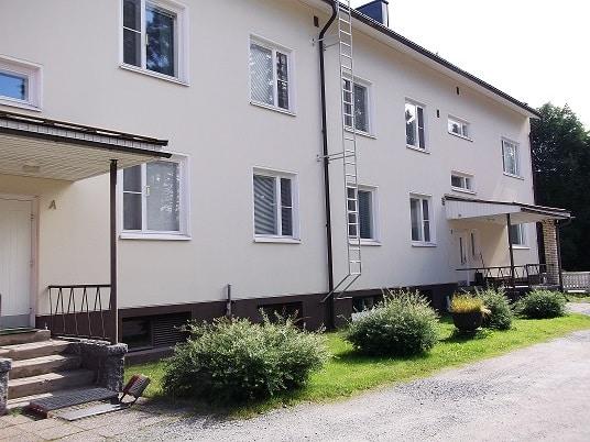 Tiaisenkatu 4_Tiainengatan 4